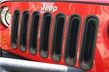 Wkładki grilla, czarne : 07-17 Jeep Wrangler