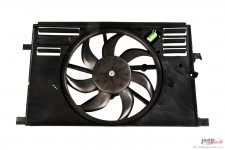 Radiator Fan Assembly : 15-18 Jeep Renegade BU, 2.4L