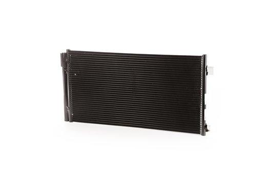 Chłodnica Klimatyzacji : 15-17 Jeep Renegade BU