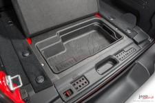Pojemnik do bagażnika : 18-19 Jeep Wrangler JL z silnikami benzynowymi