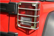 Osłony lamp tylnych Euro Guards, stal nierdzewna : 07-17 Jeep Wrangler JK