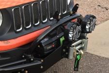 Poprzeczka do zderzaka przedniego z mocowaniem oświetlenia , Jeep Renegade