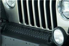 Osłona przedniej ramy, seria Body Armor : 97-06 Jeep Wrangler TJ