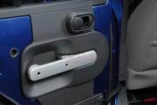 Osłony ozdobne na klamki tylnych drzwi, Szczotkowane srebro | 07-10 Jeep Wrangler Unlimited JK