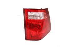 Left Tail Light : 05-06 Jeep Grand Cherokee WK
